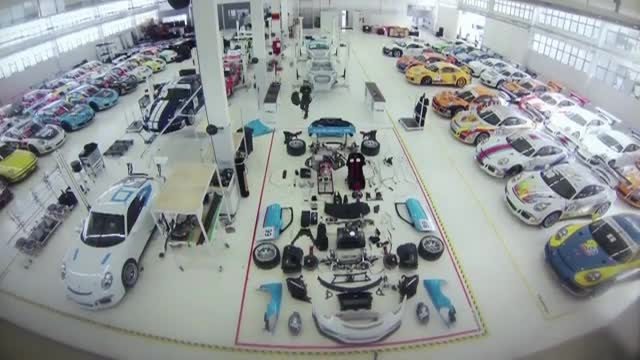 چگونه یک پورشه GT3 اسمبل میشود؟